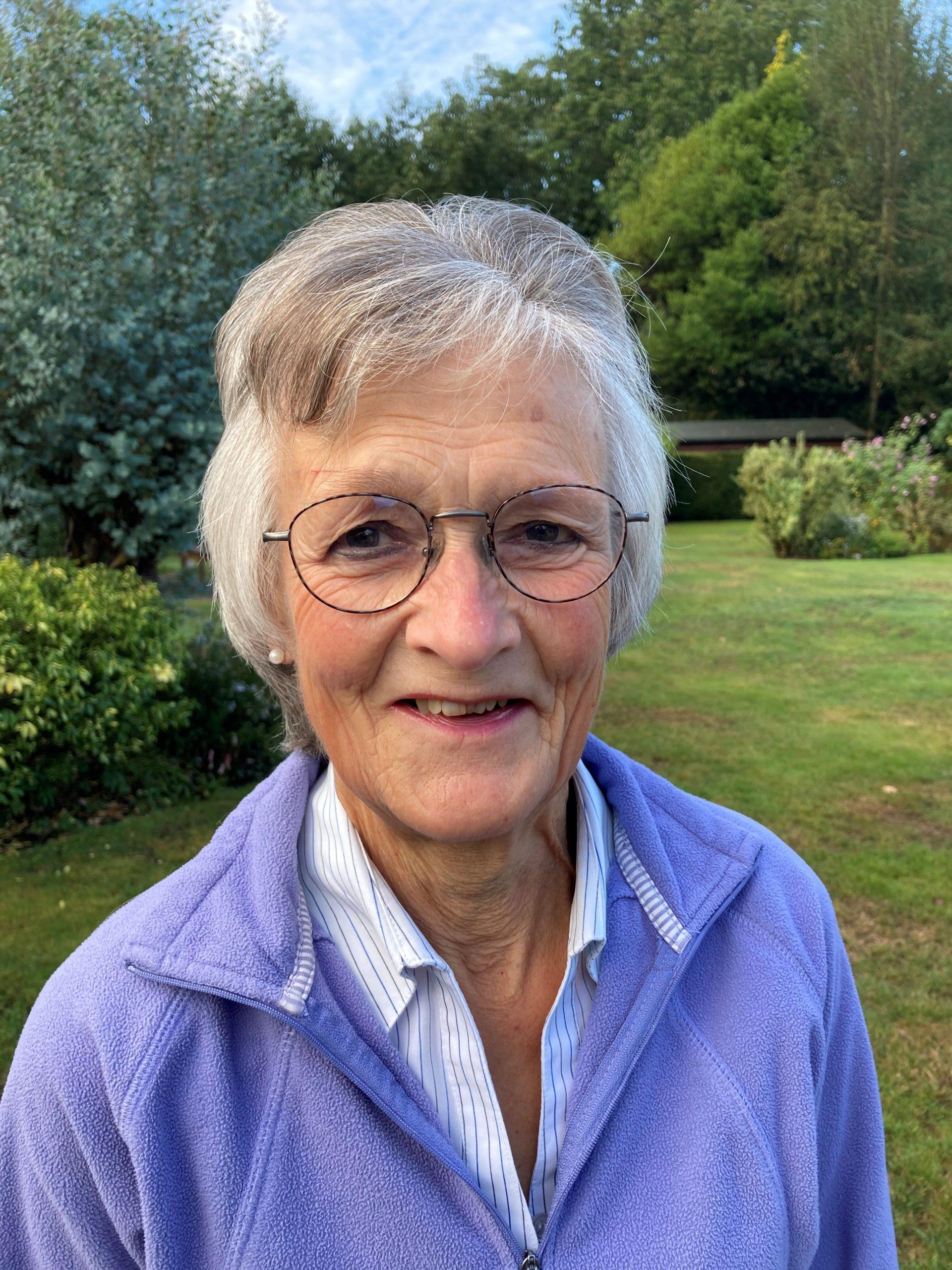 Mrs Sheila Cumming
